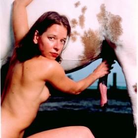 """A History of Sex: Red Pebbles"" Serie: A history of sex. 101 x 81 cm Cibachrome bajo metacrilato, enmarcada. Cibachrome under Plexiglass, framed. Edición de 7 ejemplares. 1996"